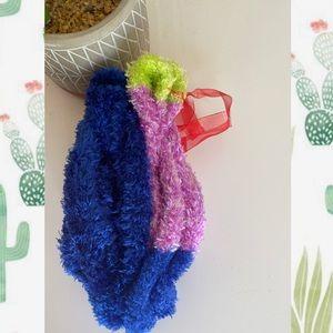3/$8🎉 Two pair of fuzzy socks | Stalking Stuffers